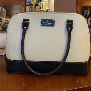 Kate Spade shoulder bag.
